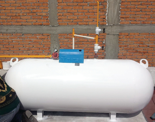 tanque-estacionario-de-180-litros-tatsa-515601-mlm20368572109_082015-f-copy