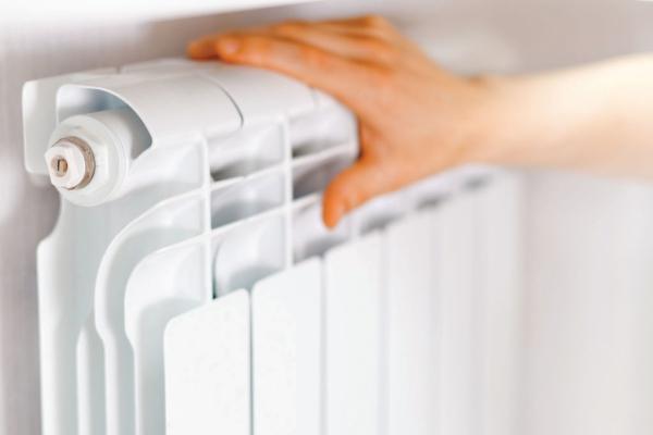 radiateur-blanc-main-aluminium-full-12570621