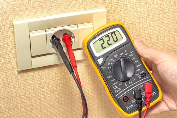 voltaje-medidor-del-zocalo-33946347