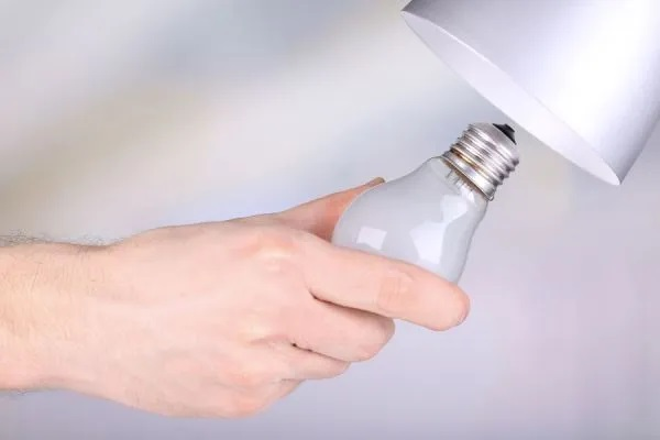 00347-cambiar-lamparita