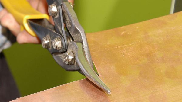 cortando-metal